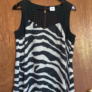 CABI Printed Tank Top Size Small